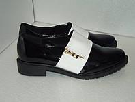 Женские лаковые туфли, р. 37
