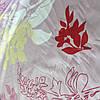 Сатин с крупными цветами и ветками на бледном сиреневом фоне, ширина 220 см