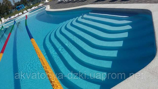 Тридцати метровый цельнолитой композитный бассейн