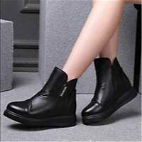 Для женщин Ботинки Удобная обувь Полиуретан Весна Повседневные Удобная обувь На плоской подошве Черный На плоской подошве 05731384