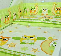 Защита бампер в детскую кроватку  из двух частей Совы зеленый