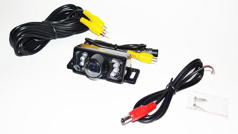 Кольорова камера заднього виду E350