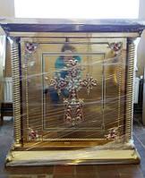 Большой православный жертвенник с литьем металла и эмалью