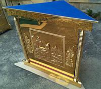 Угловой жертвенник из нитрид титана с литьем иконы на дверце