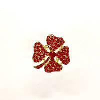 """Брошь """"Красный цветок"""" для платка/шарфа в лимонном металле"""