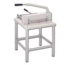 KW-triO 3942, гильотина для бумаги ручная, длина реза 430 мм, толщина стопы 40 мм, зажим ручной.