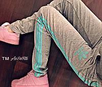 """Женские спортивные штаны """"Adidas"""" c лампасами разных цветов"""