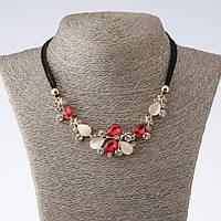 """Колье на шнурах Вечерние цветы с красными кристаллами  и кошачьим глазом L- 42-47см  цвет металла """"золото"""""""