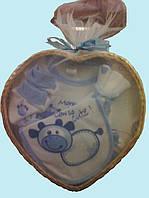 Подарочный набор одежды для новорожденных мальчиков (корзинка-сердечко), 8 предметов