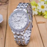 Женские часы Geneva Swarovski Silver серебристые со стразами