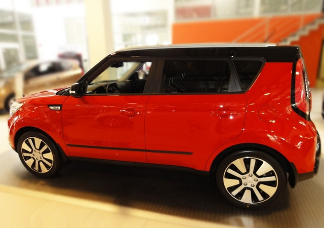 Door moldings KIA Soul II 2013> F-43