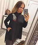 """Женская хлопковая рубашка удлиненная сзади с карманами и декором """"Рука"""" (2 цвета), фото 5"""