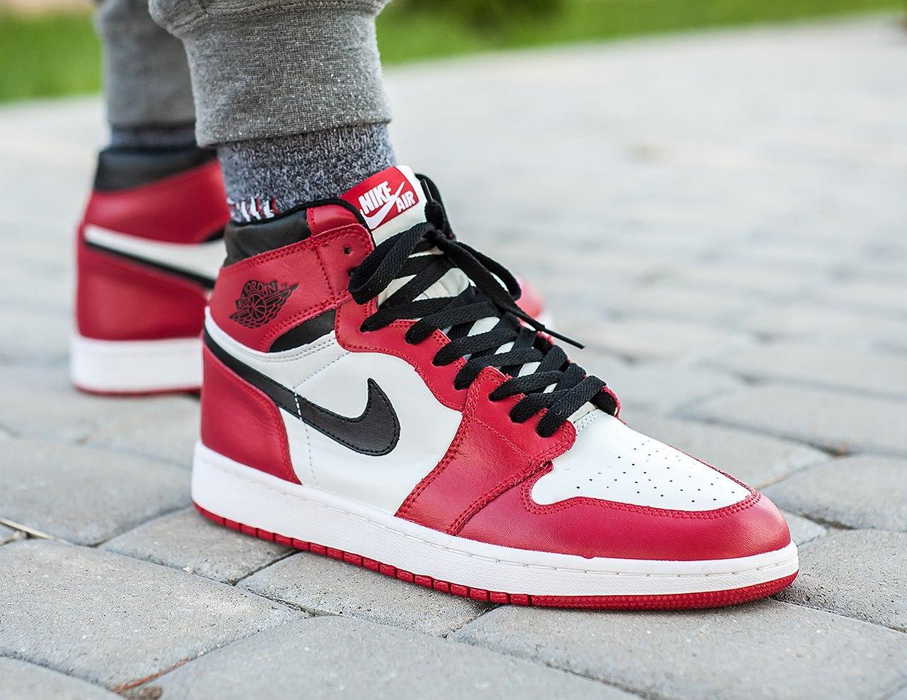 f911a42a Кроссовки Nike Air Jordan 1