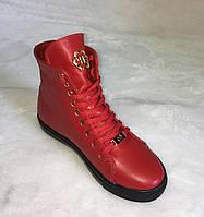 Кеды женские высокие на шнуровке красного цвета