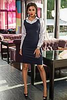 Женское офисное платье джинсовое стрейчевое с рубашечными рукавами и воротником бело-синее