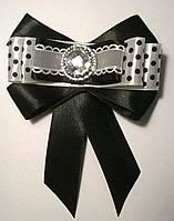 """Комплект аксессуаров украшений для школы """"Горошки"""" с брошью-галстуком, цвет черный+белый"""
