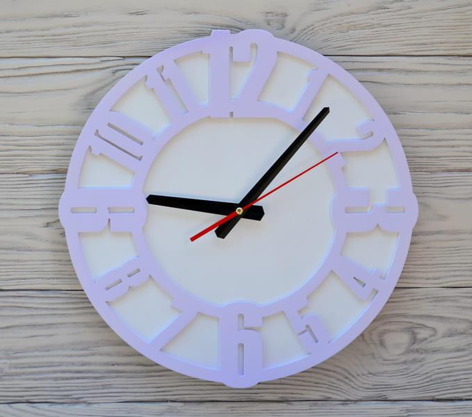 Часы настенные сиреневые Prague