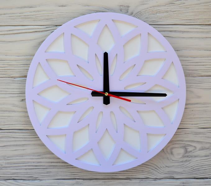 Часы настенные сиреневые Tokyo