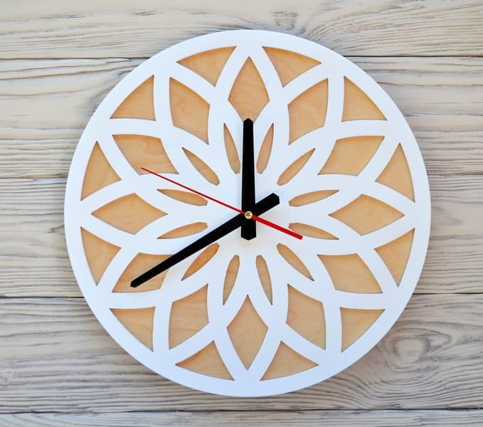 Часы настенные белые Tokyo