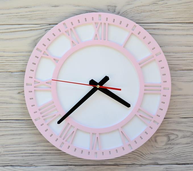 Часы настенные розовые Rome