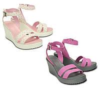 Босоножки женские на каблуке Кроксы Лии Вэдж оригинал / Crocs Women's Leigh Wedge Sandal