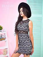 Стильное короткое кружевное платье в черном цвете