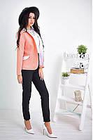 Модный красивый женский пиджак