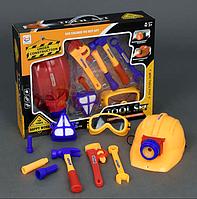 Детский набор инструментов. Детские игрушки. Детский игровой набор инструментов.