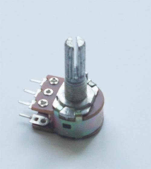Переменный резистор (потенциометр) 500кОм (WH148-B500K) стерео L=20мм