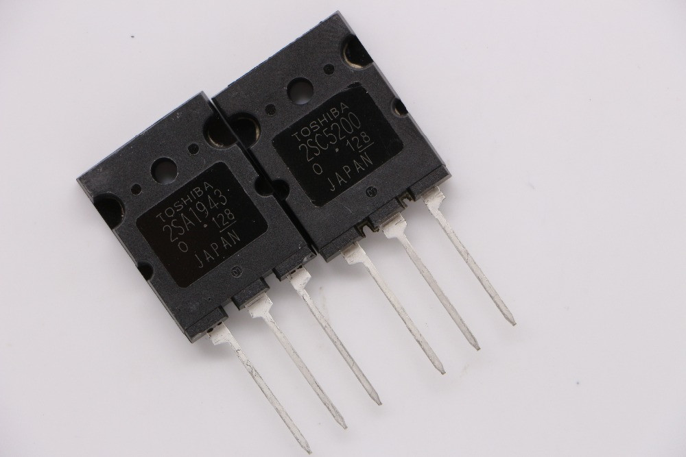 Комплект 2SC5200 и 2SA1943