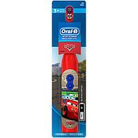 Электрическаядетскаязубнаящеткаот 3 лет Тачки  Oral-B Disney Pixar Cars Battery Toothbrush