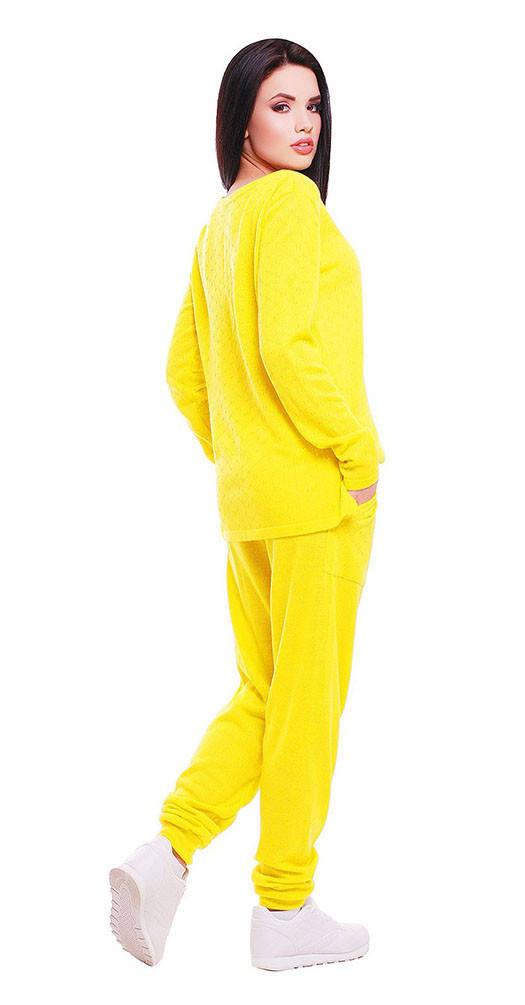Вязаный комбинезон желтый