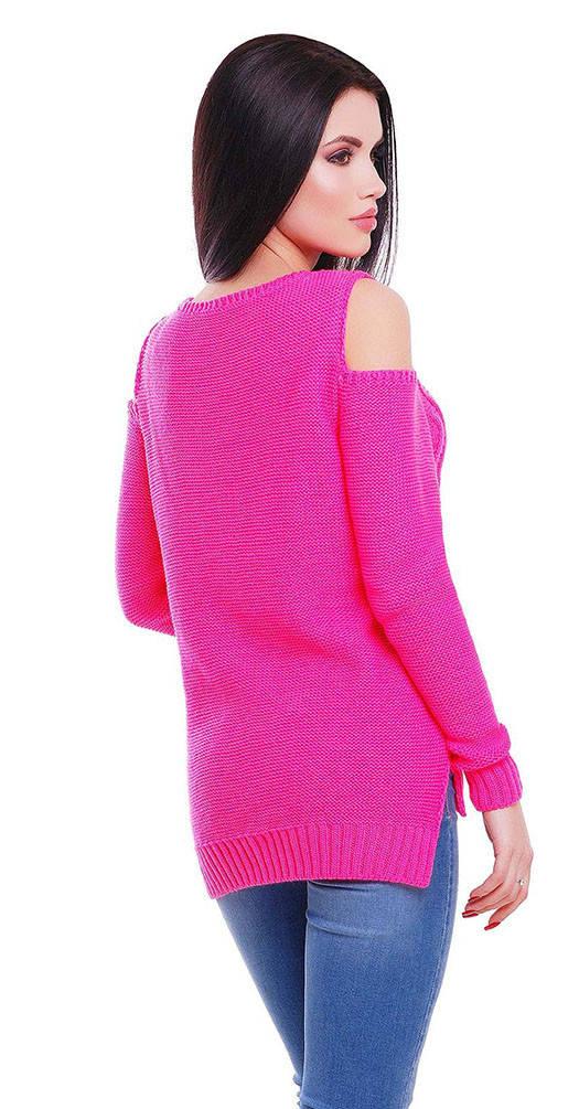 Свитер с открытыми плечами ярко-розовый