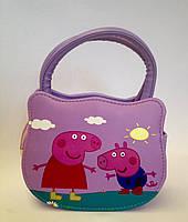 Сумка детская свинка Пеппа  с  ремешком через плечо сиреневого цвета