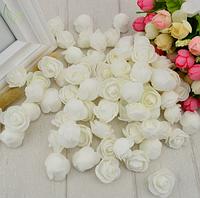 Роза из латекса, белая  2,5-3 см