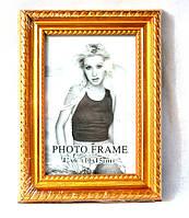 """Фоторамка """"Плетенная"""" золотая для фото 10х15 см."""