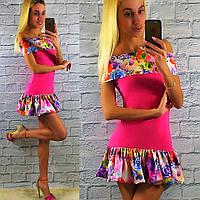 Яркое летнее розовое платье с цветным рюшем.  Арт-2330/2