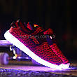 Светящиеся LED кроссовки Yeezy на липучке красные 5101-7, фото 2