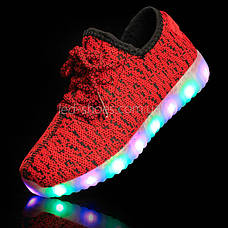 Светящиеся LED кроссовки Yeezy на шнурках красные 5102-7, фото 2