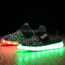 Светящиеся LED кроссовки Yeezy на липучке черные 5101-2, фото 3
