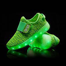 Светящиеся LED кроссовки Yeezy на липучке зеленые 5101-10, фото 3