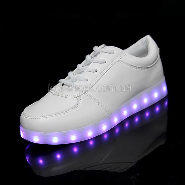 Светящиеся LEd кроссовки белые классические на шнурках 5106-1