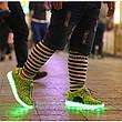 Светящиеся LED кроссовки Yeezy на шнурках зеленые 5102-10, фото 3