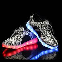 Светящиеся LED кроссовки Yeezy на шнурках серые 5102-8