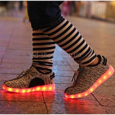 Светящиеся LED кроссовки Yeezy на шнурках серые 5102-8, фото 3
