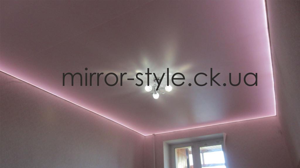 Монтаж светло-розового матового натяжного потолка с светодиодной /LED подсветкой в одной из квартир в Черкассах