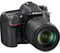 Nikon D7100 + 18-105 mm ED VR