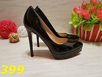 Туфли женские лодочки с красной подошвой черные