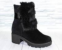 Ботинки зимние с опушкой на каблучке. Натуральная замша. 1292