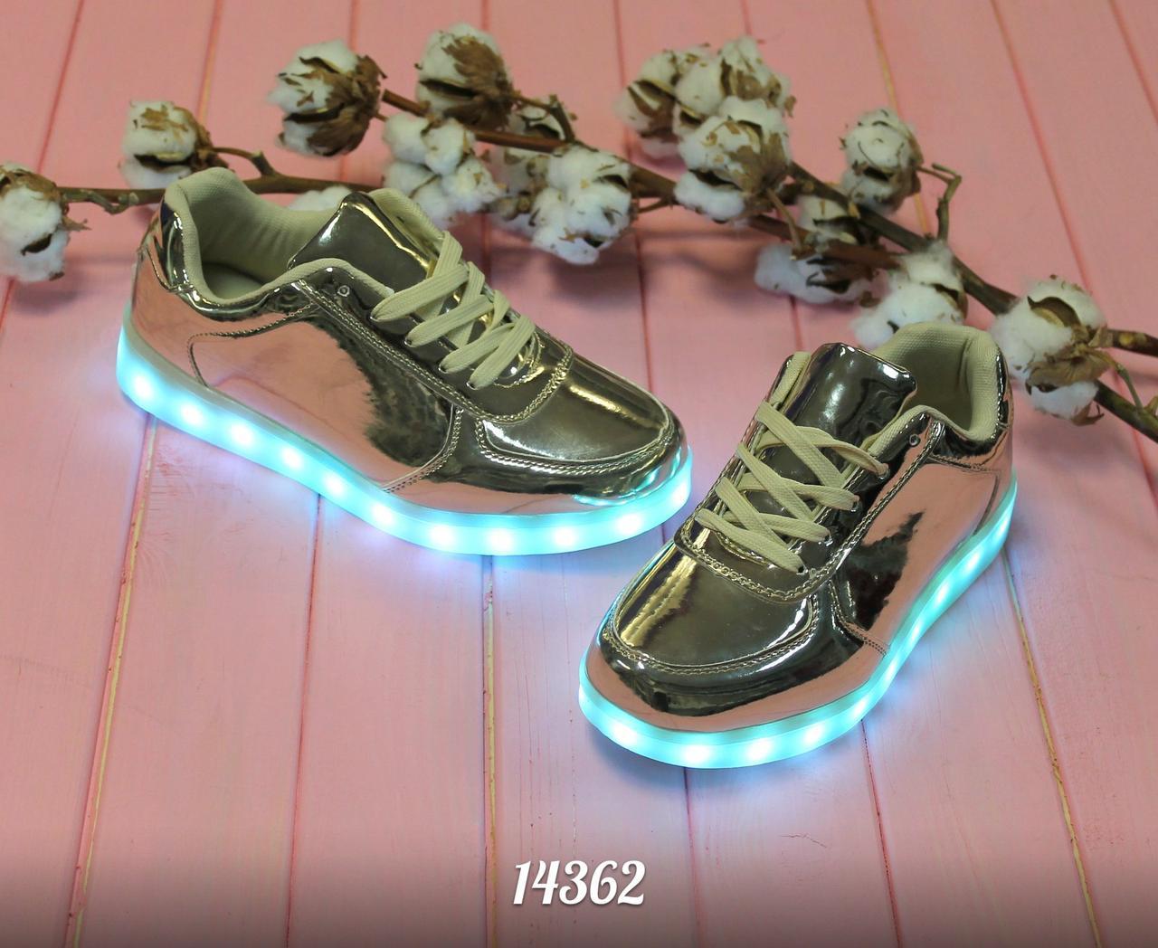 Святящийся кроссовки  Force